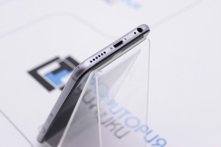 Смартфон Б/У Apple iPhone 6 32Gb Space Gray