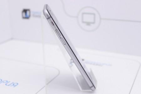 Смартфон Б/У Apple iPhone 6s 64Gb Space Gray