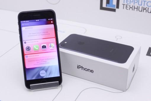 Apple iPhone 7 32GB Black RFB