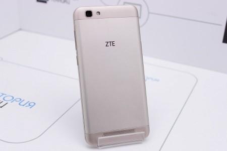 Смартфон Б/У ZTE Blade A610