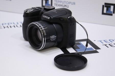 Фотоаппарат Б/У цифровой Fujifilm FinePix S2995