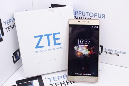 Смартфон Б/У ZTE Blade A711 Gold