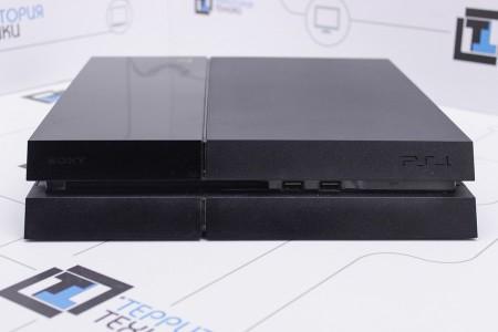 Приставка Б/У Sony PlayStation 4 500GB
