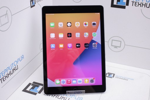 Apple iPad Air 16GB Wi-Fi Space Gray (2 поколение)