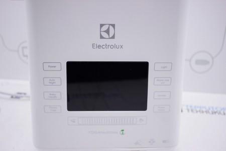 Увлажнитель воздуха Б/У Electrolux EHU-3815D