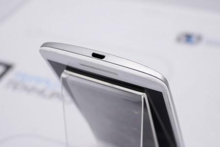 Смартфон Б/У Motorola Moto X Play 16GB White