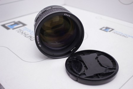 Объектив Б/У Nikon AF Nikkor 85mm f/1.4D