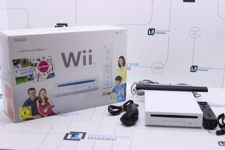 Приставка Б/У Nintendo Wii White