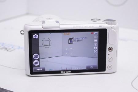 Фотоаппарат Б/У беззеркальный Samsung NX2000 Kit 20-50mm