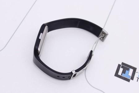 Смарт-часы Sony SmartWatch 3