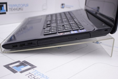 Ноутбук Б/У Sony VAIO SV-E1711Q1R/B