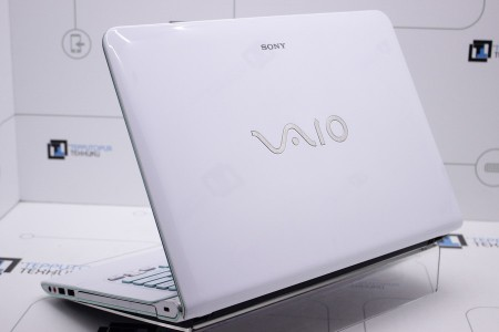 Ноутбук Б/У Sony VAIO SVE14AG19L
