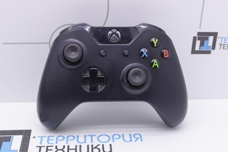 Приставка Б/У Microsoft Xbox One 500Gb