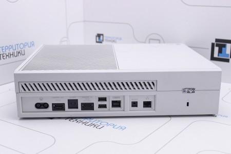 Приставка Б/У Microsoft Xbox One 500Gb