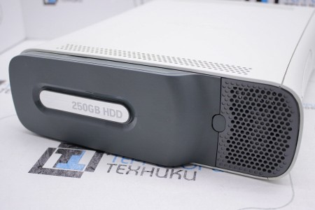 Приставка Б/У Microsoft Xbox 360 Pro 250Gb