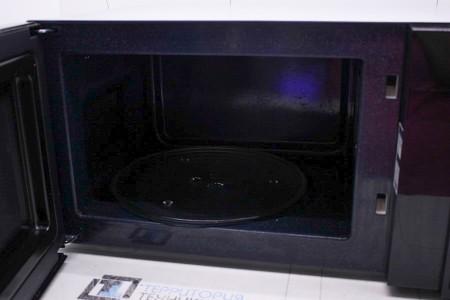 Микроволновая печь Б/У Samsung FW77SR-B