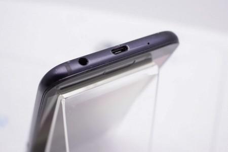 Смартфон Б/У Samsung Galaxy J5 (2017)