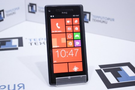 Смартфон Б/У HTC Windows Phone 8X